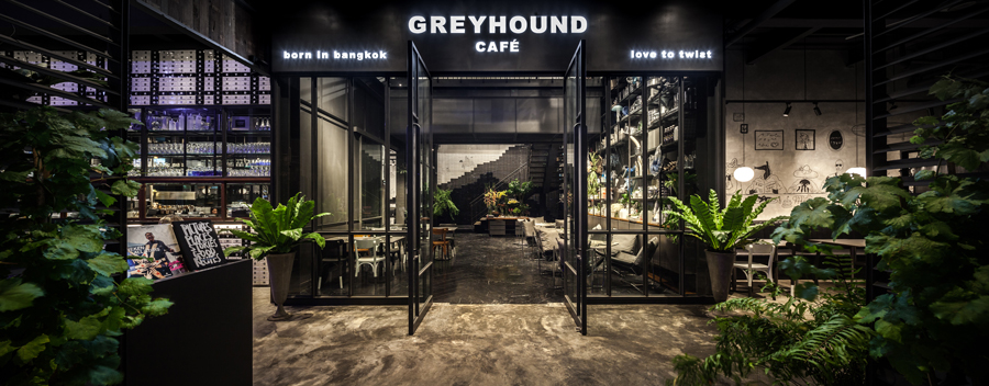 Greyhound-Cafe-Pattaya-Shop-02